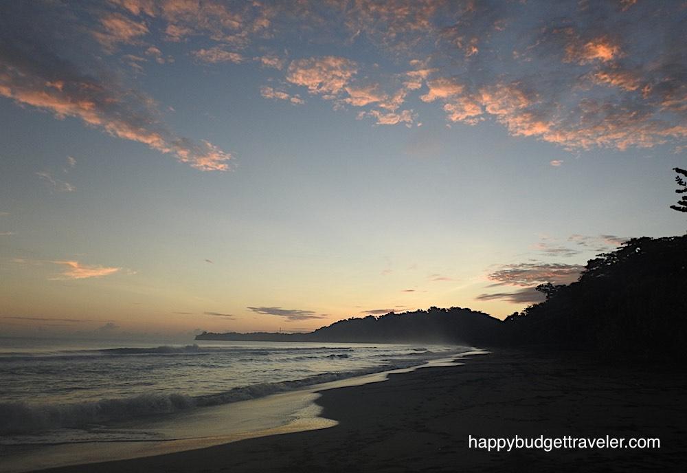 Sunrise and surf at Playa Negra