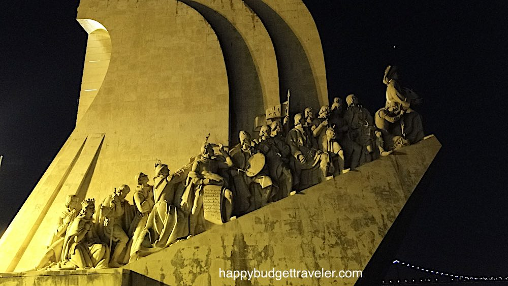 Picture of the sculpting of human figures on the Monument to the Discoveries, Belém